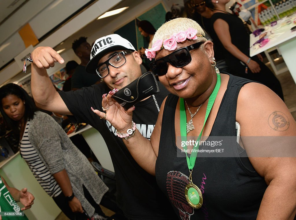 Comedian <a gi-track='captionPersonalityLinkClicked' href=/galleries/search?phrase=Luenell&family=editorial&specificpeople=2159262 ng-click='$event.stopPropagation()'>Luenell</a> attends the BETX gifting suite during the 2016 BET Experience on June 25, 2016 in Los Angeles, California.