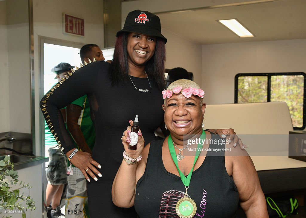 Comedian <a gi-track='captionPersonalityLinkClicked' href=/galleries/search?phrase=Luenell&family=editorial&specificpeople=2159262 ng-click='$event.stopPropagation()'>Luenell</a> (R) attends the BETX gifting suite during the 2016 BET Experience on June 25, 2016 in Los Angeles, California.
