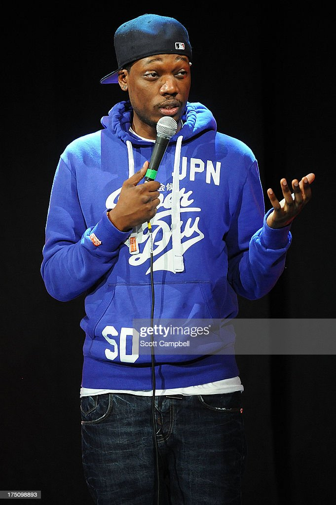 Comedian <a gi-track='captionPersonalityLinkClicked' href=/galleries/search?phrase=Michael+Che&family=editorial&specificpeople=8632033 ng-click='$event.stopPropagation()'>Michael Che</a> performs during the Assembly Rooms Press Launch at The Edinburgh Festival Fringe on July 31, 2013 in Edinburgh, Scotland.