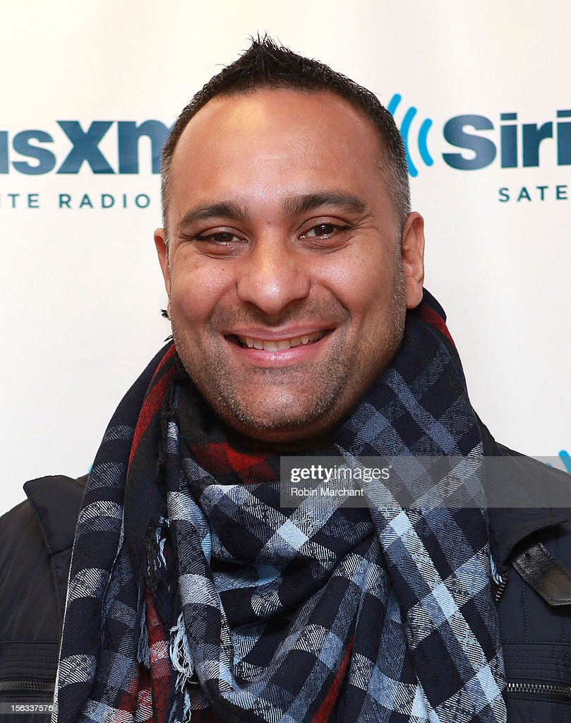 Comedian <a gi-track='captionPersonalityLinkClicked' href=/galleries/search?phrase=Russell+Peters&family=editorial&specificpeople=2090934 ng-click='$event.stopPropagation()'>Russell Peters</a> visits the SiriusXM Studios on November 13, 2012 in New York City.