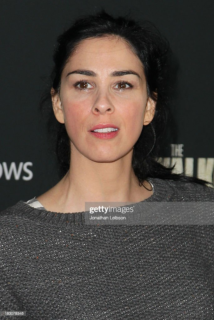 Comedian <a gi-track='captionPersonalityLinkClicked' href=/galleries/search?phrase=Sarah+Silverman&family=editorial&specificpeople=241299 ng-click='$event.stopPropagation()'>Sarah Silverman</a> attends the AMC's 'The Walking Dead' - Season 4 Premiere Party at AMC Universal City Walk on October 3, 2013 in Universal City, California.