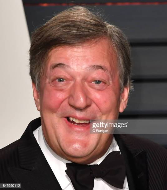 Comedian Stephen Fry attends the 2017 Vanity Fair Oscar Party hosted by Graydon Carter at Wallis Annenberg Center for the Performing Arts on February...