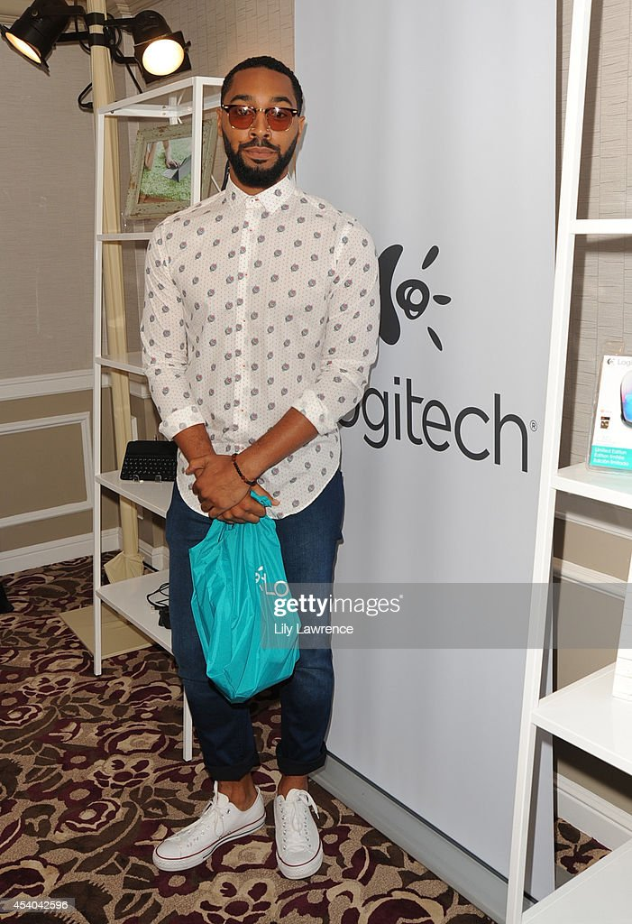 Comedian Tone Bell attends the HBO Luxury Lounge featuring PANDORA at Four Seasons Hotel Los Angeles at Beverly Hills on August 23 2014 in Beverly...