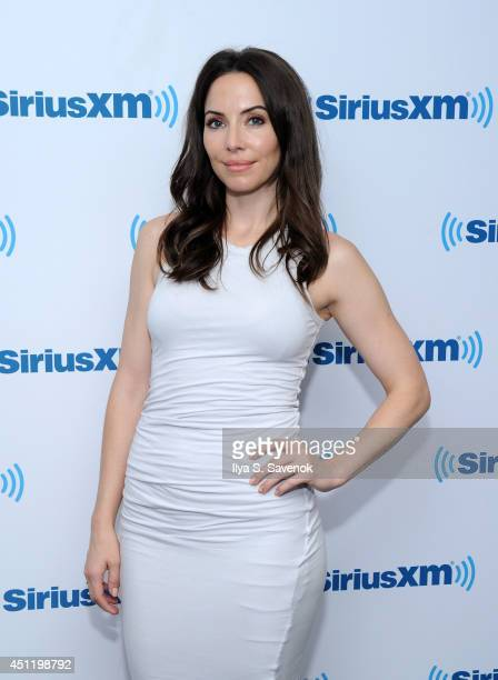 Comedian Whitney Cummings visits the SiriusXM Studios on June 25 2014 in New York City