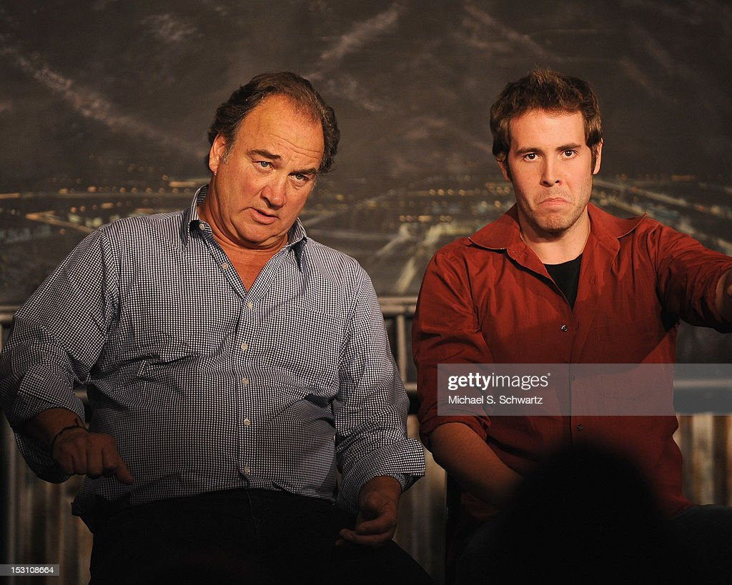 Comedians and actors <a gi-track='captionPersonalityLinkClicked' href=/galleries/search?phrase=Jim+Belushi&family=editorial&specificpeople=215411 ng-click='$event.stopPropagation()'>Jim Belushi</a> (L) and Jon Barinholtz perform during the Chicago Board of Improv Comedy Show at The Ice House Comedy Club on September 29, 2012 in Pasadena, California.