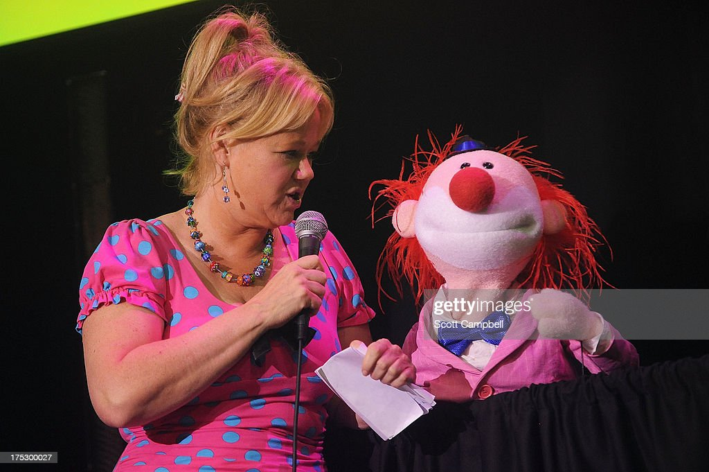 Comedienne <a gi-track='captionPersonalityLinkClicked' href=/galleries/search?phrase=Caroline+Rhea&family=editorial&specificpeople=215030 ng-click='$event.stopPropagation()'>Caroline Rhea</a> performs during the Gilded Balloon press launch at The Edinburgh Festival Fringe on August 1, 2013 in Edinburgh, Scotland.