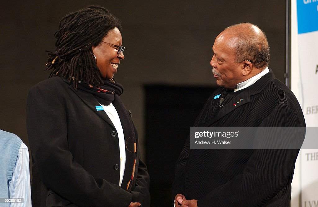 Comedienne Whoopi Goldberg and singer Quincy Jones attend the lighting of the UNICEF snowflake on Fifth & Whoopi Goldberg Lucy Liu u0026 Quincy Jones Light New UNICEF ... azcodes.com