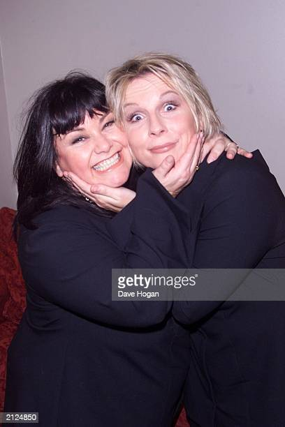 Comediennes Dawn French and Jennifer Saunders backstage at the Hammersmith Apollo London on Novermber 8 2000 This was the comedy double acts first...