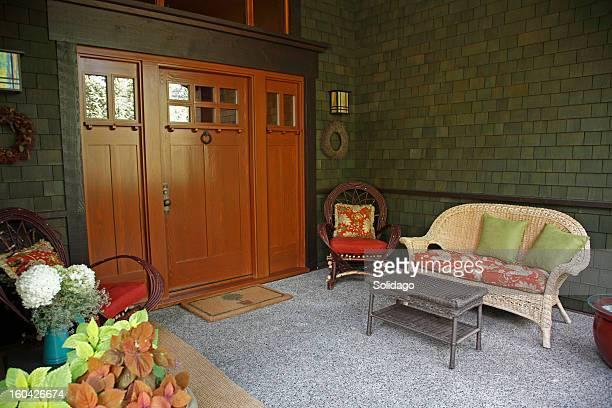Komfortable Wohnzimmer auf der Veranda