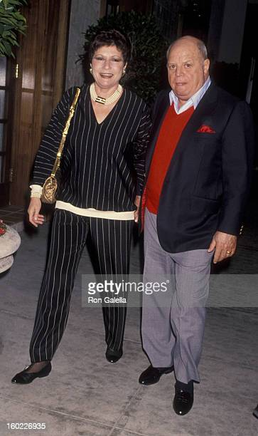 Comic Don Rickles and wife Barbara Sklar attends the birthday party for Quincy Jones and Michael Caine on March 14 1993 at Tatou Restaurant in...