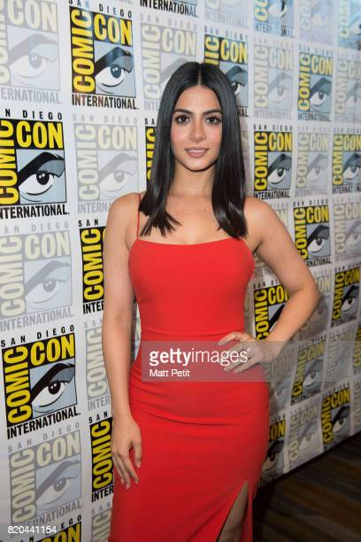 SHADOWHUNTERS ComicCon Cast and executive producers from Freeform's hit original series 'Shadowhunters' and 'Stitchers' were featured at this year's...