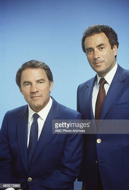 FOOTBALL Commentators gallery 6/9/86 Frank Gifford Al Michaels Mandatory credit ABC PHOTO ARCHIVES