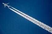 commercial jet plane contrail