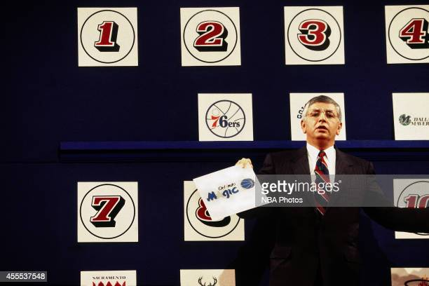 Commisioner David Stern announces the 1993 Draft Lottery order held in Secaucus New Jersey NOTE TO USER User expressly acknowledges and agrees that...