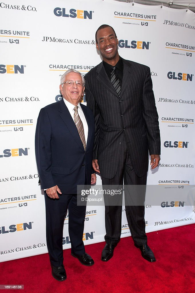 Commissioner <a gi-track='captionPersonalityLinkClicked' href=/galleries/search?phrase=David+Stern&family=editorial&specificpeople=206848 ng-click='$event.stopPropagation()'>David Stern</a> (L) and pro basketball player <a gi-track='captionPersonalityLinkClicked' href=/galleries/search?phrase=Jason+Collins+-+Basketball+Player&family=editorial&specificpeople=201926 ng-click='$event.stopPropagation()'>Jason Collins</a> attend the 2013 GLSEN Respect Awards at Gotham Hall on May 20, 2013 in New York City.