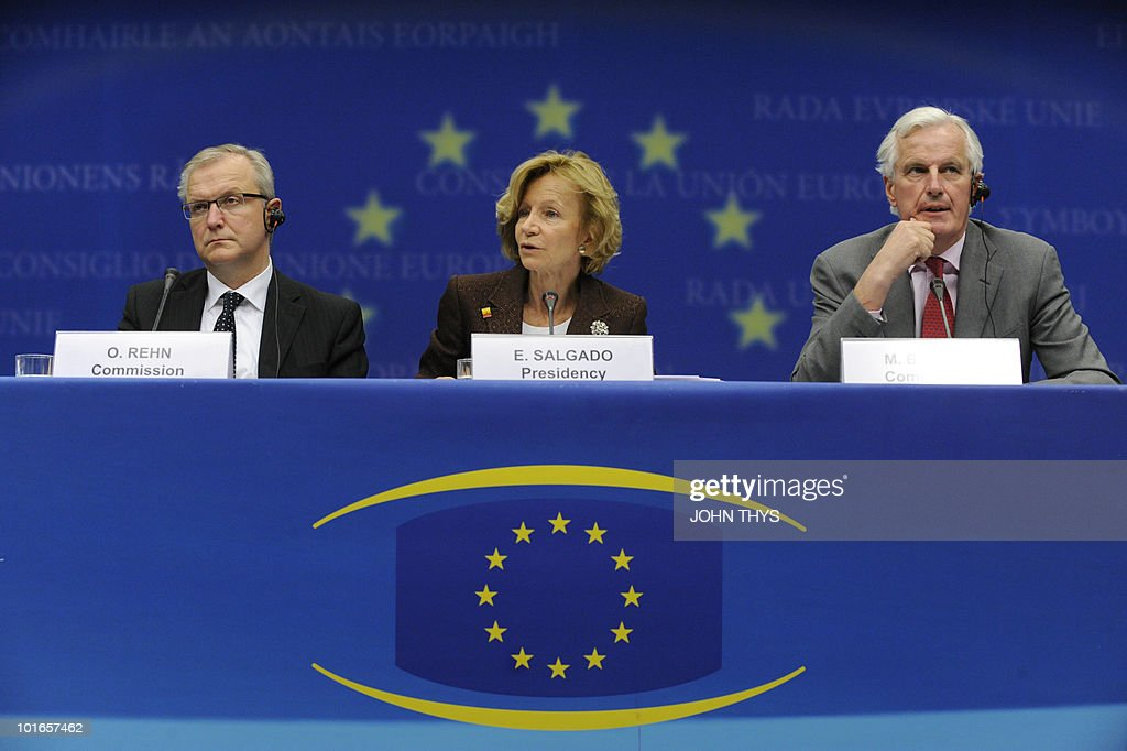 EU commissioner for Economic and Monetary Affairs Olli Rehn (R), Spain's Finance Minister Elena Salgado (C) and EU Internal Market and Services Michel Barnier (R) give a press conferenceafter an Economic and Financial Affairs (ECOFIN) on May 18, 2010 at the headquarters in Brussels.