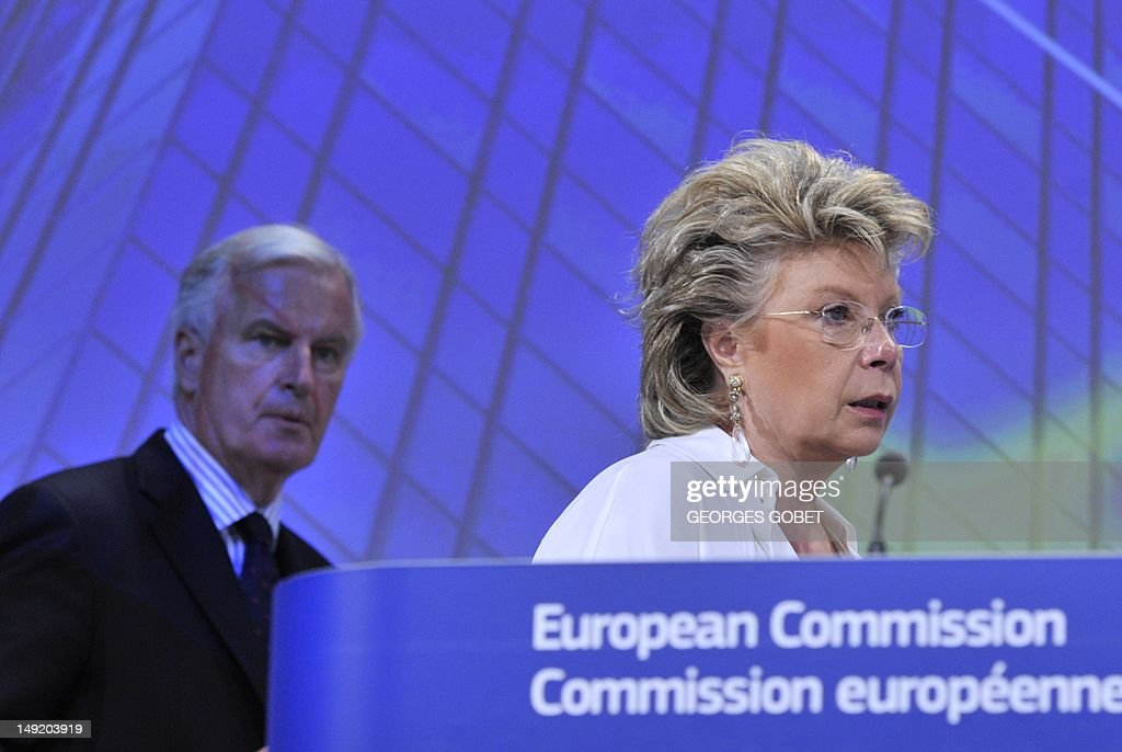 EU commissioner for Justice, Fundamental Rights and Citizenship Viviane Reding (R)and EU commissioner for Internal Market and Services, Michel Barnier (L) give a joint press conference on the amended proposals of the European Commission on market abuse on July 25, 2012 at the EU Headquarters in Brussels. GOBET