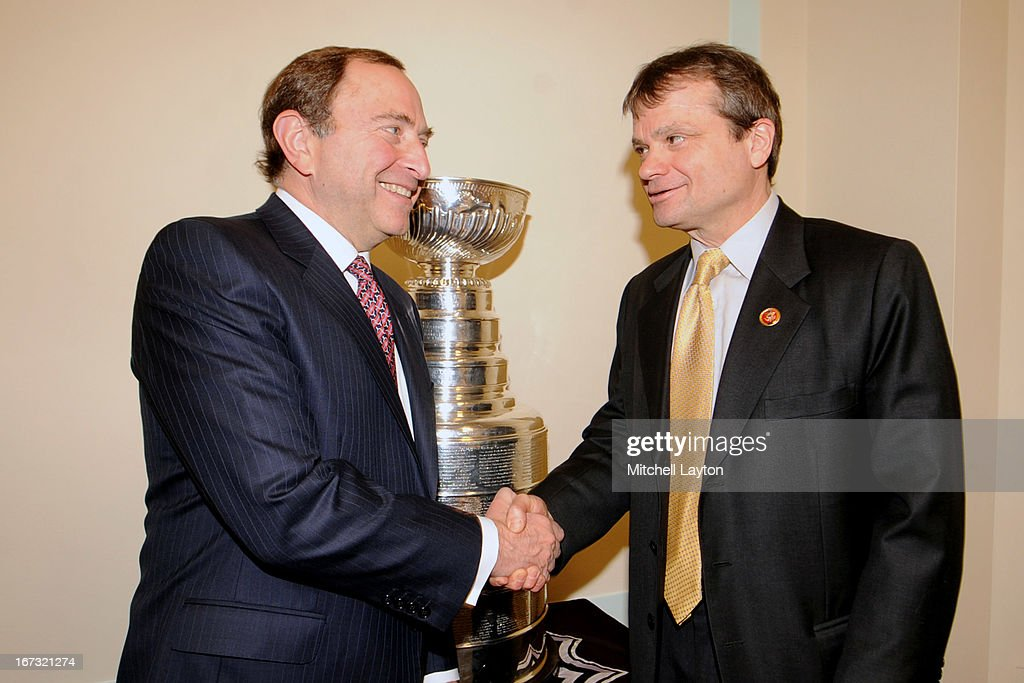 Commissioner <a gi-track='captionPersonalityLinkClicked' href=/galleries/search?phrase=Gary+Bettman&family=editorial&specificpeople=215089 ng-click='$event.stopPropagation()'>Gary Bettman</a> and Rep. Mike Quigley (D-IL) pose for a picture before a Congressional Hockey Caucus briefing at the Rayburn Building on April 24, 2013 at Nationals Park in Washington, DC.