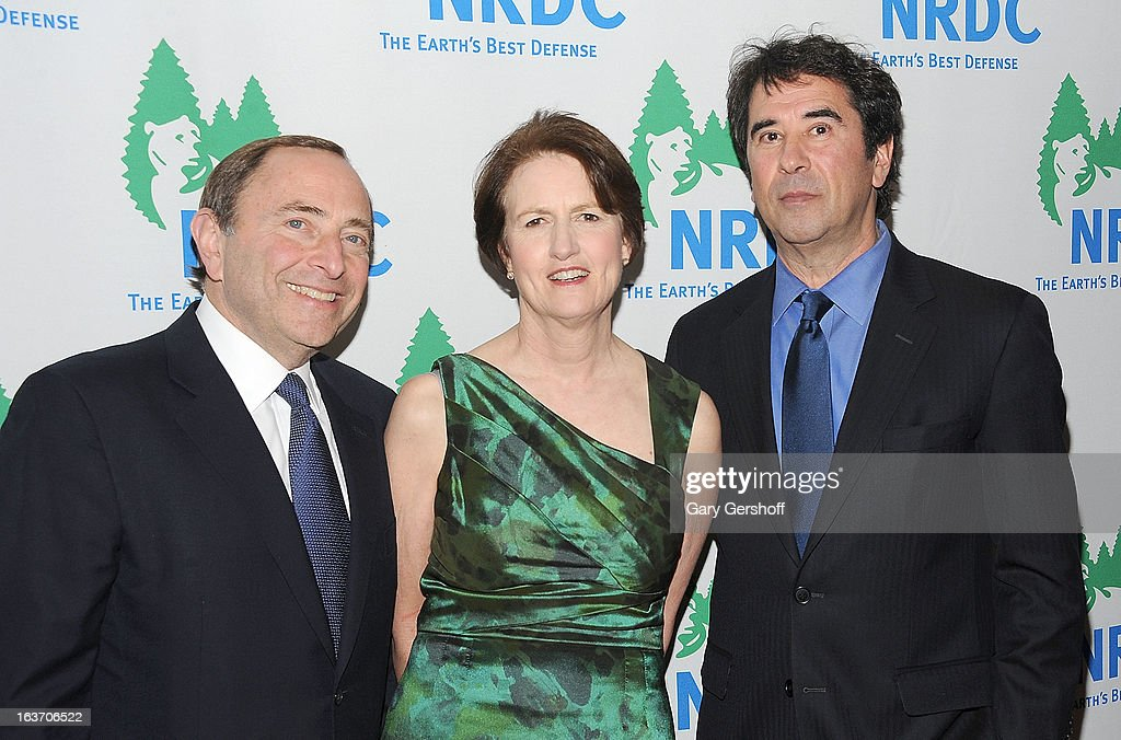 NHL Commissioner <a gi-track='captionPersonalityLinkClicked' href=/galleries/search?phrase=Gary+Bettman&family=editorial&specificpeople=215089 ng-click='$event.stopPropagation()'>Gary Bettman</a>, NRDC president Frances Beinecke and Director of NRDC Green Sports Project, Allen Hershkowitz attend the 2013 National Resource Defense Council Game Changer Awards at the Mandarin Oriental Hotel on March 14, 2013 in New York City.