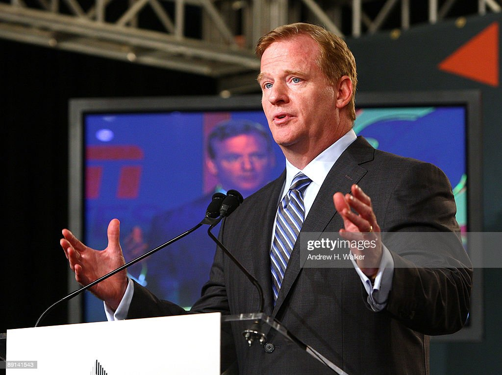 NFL, ESPN/ESPN Deportes And The Miami Dolphins Press Conference