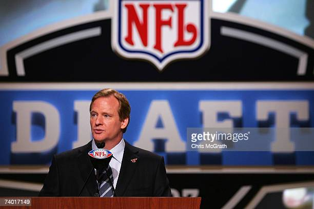 Commissioner Roger Goodell speaks during the 2007 NFL Draft on April 28 2007 at Radio City Music Hall in New York New York