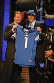 Commissioner Roger Goodell stands with Detroit Lions draft pick Matthew Stafford at Radio City Music Hall for the 2009 NFL Draft on April 25 2009 in...