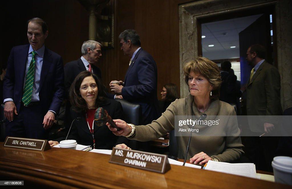 Committee chaiman US Sen Lisa Murkowski hits the gavel to start a markup hearing on Keystone XL pipeline before the Senate Energy and Natural...