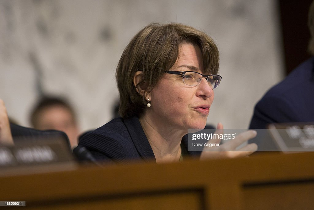 Committee vice-chair Sen. <a gi-track='captionPersonalityLinkClicked' href=/galleries/search?phrase=Amy+Klobuchar&family=editorial&specificpeople=3959717 ng-click='$event.stopPropagation()'>Amy Klobuchar</a> questions Federal Reserve Bank Chairwoman Janet Yellen as she testifies to the Joint Economic Committee during a hearing entitled 'The Economic Outlook,' on Capitol Hill, May 7, 2014 in Washington, DC. Yellen said that the economy is on track for solid growth this quarter but remains concerned about the housing sector.
