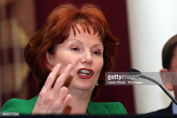 CROP Communities Secretary Hazel Blears joins Mayor of London Boris Johnson and Olympics Minister Tessa Jowell at Stratford Town Hall to launch their...