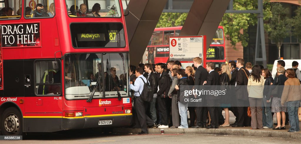 Commuters queue for buses outside Vauxhall Station during the RMT Union's tube strike on June 10, 2009 in London, England. A 48 hour strike began at 7pm yesterday after discussions over pay and working conditions between London Underground bosses and the RMT Union failed to reach a conclusion.