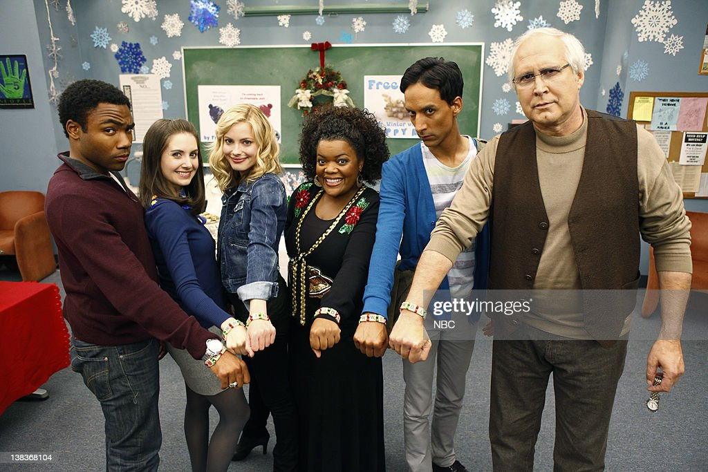 community troy and britta dating Troy, the former football player, and abed, the aspergerian pop-culture  annie ( alison brie), egged on by an addled pierce, moved in to kiss britta:  and annie's  thrown herself into college dating, taking up with a hippie,.