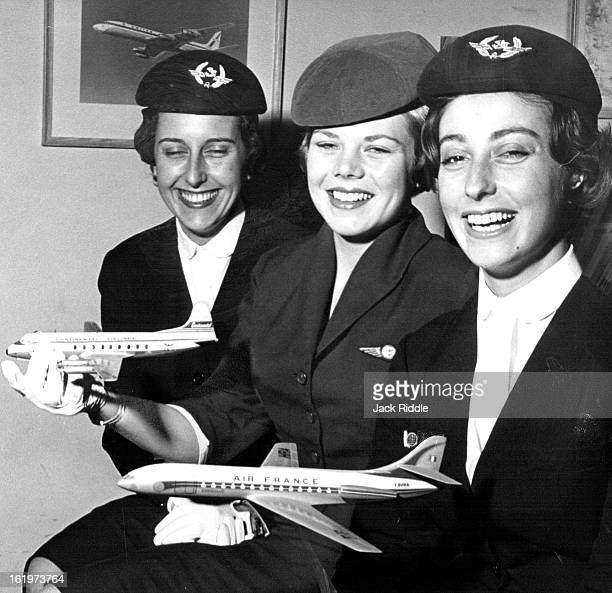MAR 25 1961 Comparing Notes Air line stewardesses really get around and two who work for Air France Jacqueline Riviere and Jenine Micheletti are far...