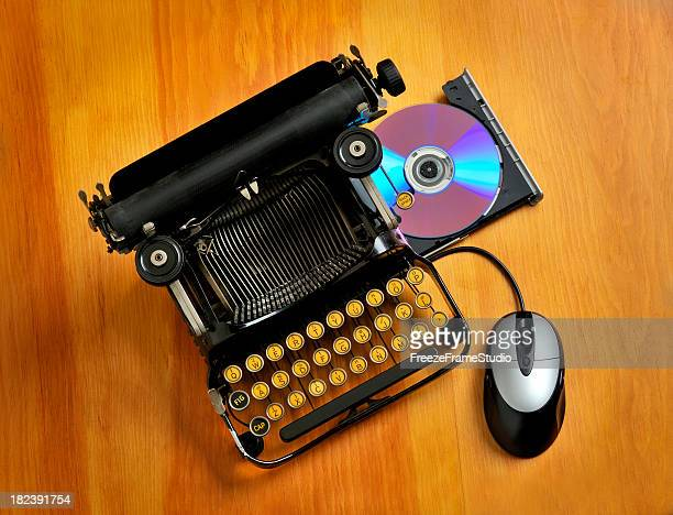 Comparison between an old typewriter and a computer
