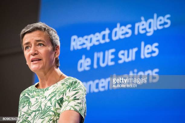 EU Competition Commissioner Margrethe Vestager adresses the public during a press conference in Brussels on July 6 2017 / AFP PHOTO / Aurore Belot