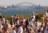 AUS: A Look Back at Australia's Biggest 'Fun Run' - The City2Surf