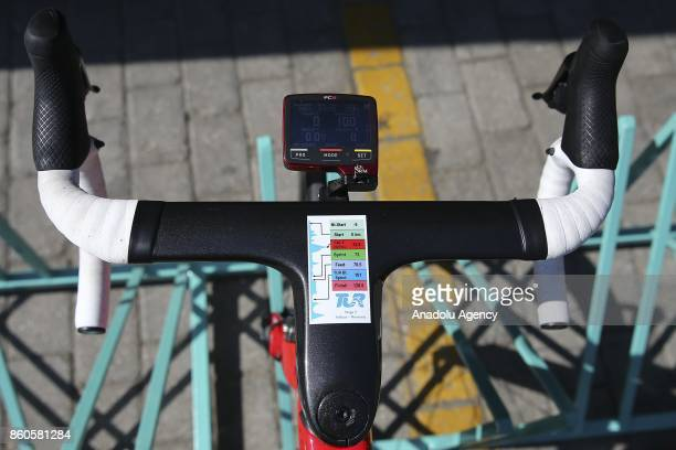 Competitors stick lap details on their handlebars meanwhile the third round of Fethiye Marmaris lap with the length of 1286 kilometers is completed...