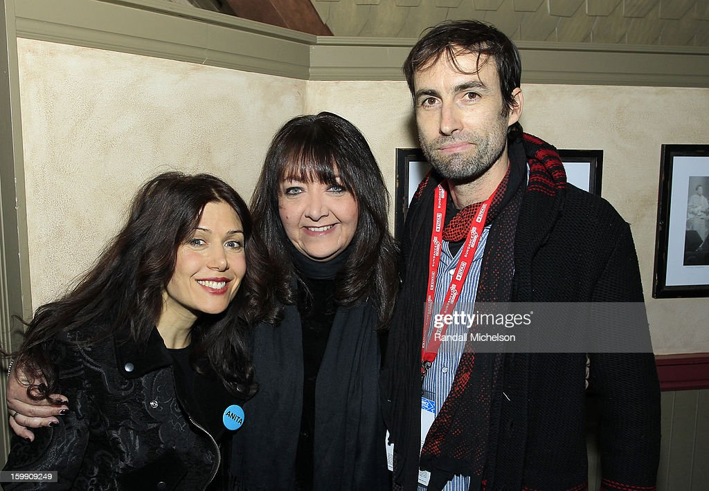 Composer <a gi-track='captionPersonalityLinkClicked' href=/galleries/search?phrase=Lili+Haydn&family=editorial&specificpeople=839926 ng-click='$event.stopPropagation()'>Lili Haydn</a>, BMI Executive Doreen Ringer-Ross and Composer <a gi-track='captionPersonalityLinkClicked' href=/galleries/search?phrase=Andrew+Bird&family=editorial&specificpeople=2326239 ng-click='$event.stopPropagation()'>Andrew Bird</a> attend the BMI Sundance Dinner at Zoom Restaurant on January 22, 2013 in Park City, Utah.