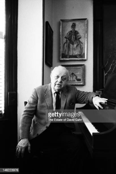 Composer Virgil Thomson poses for a portrait on November 23 1971 at his residence at the Chelsea Hotel in New York City