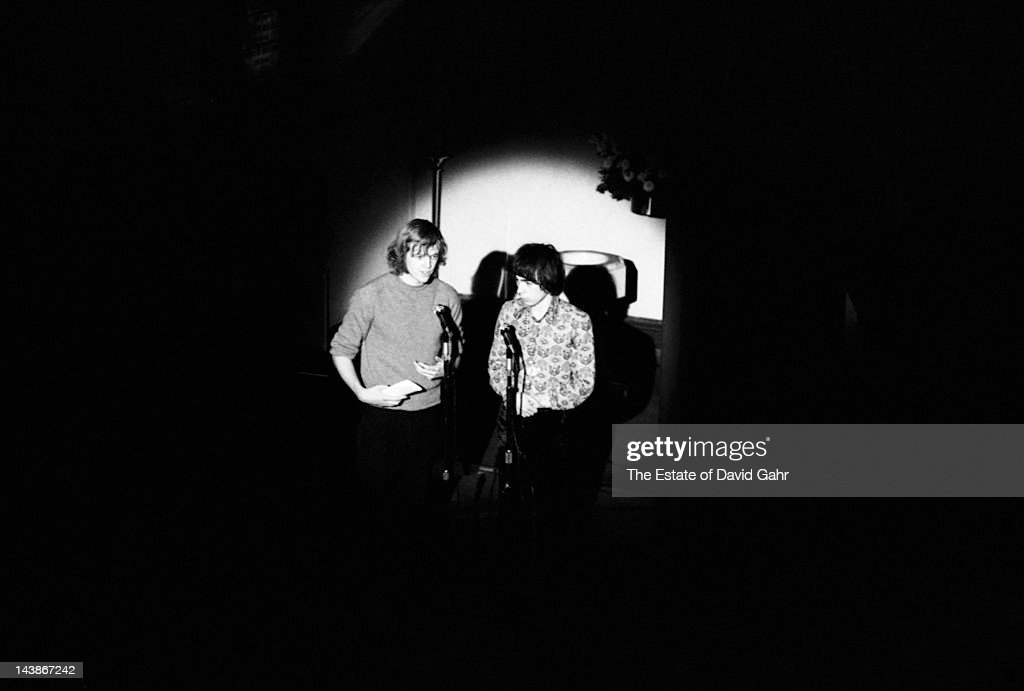 Composers lyricists and impresarios Tim Rice and Andrew Lloyd Webber pose for a portrait on October 27 1970 upon the release of their doubleLP...
