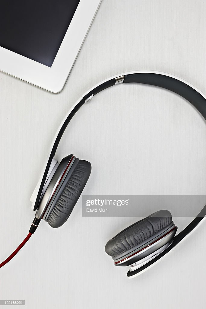 how to connect your headphones your computer