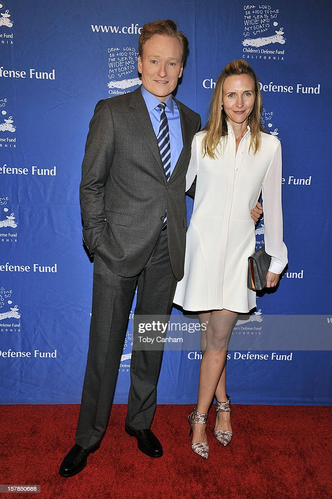 <a gi-track='captionPersonalityLinkClicked' href=/galleries/search?phrase=Conan+O%27Brien&family=editorial&specificpeople=208095 ng-click='$event.stopPropagation()'>Conan O'Brien</a> and Liza Powel arrive for the Children's Defense Fund-California 22nd Annual 'Beat the Odds' Awards at Beverly Hills Hotel on December 6, 2012 in Beverly Hills, California.
