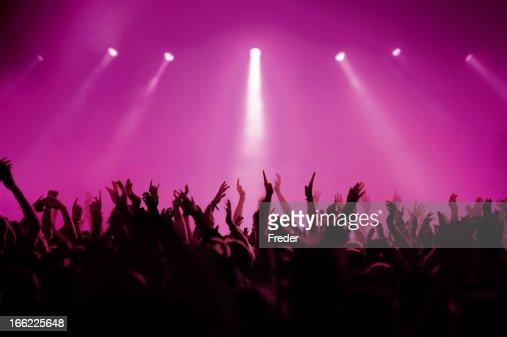 コンサート、ピンク