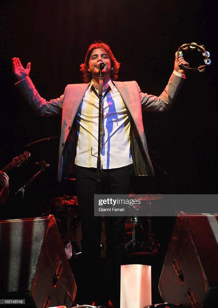 Concert of the singer Manuel Carrasco, 18th January 2009, Theater 'Lope de Vega', Madrid, Spain.
