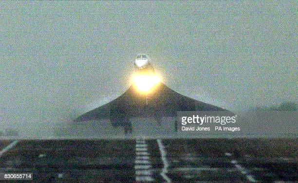Concorde flies into RAF Brize Norton Oxfordshire after the flight to Iceland to test safety improvements nearly a year after an Air France Concorde...