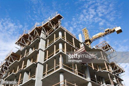 De gratte-ciel situé en béton Site de Construction