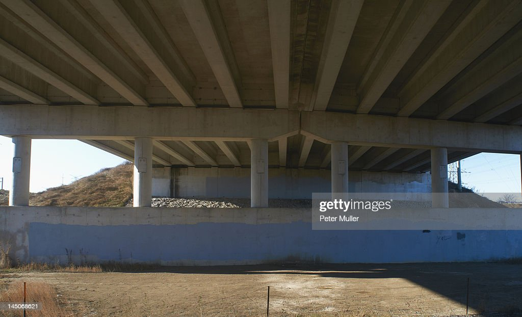 Concrete structure of overpass