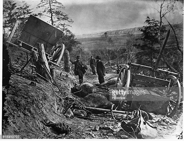A Confederate caisson was destroyed and eight horses killed by a 32pound shell from a gun of the Second Massachusetts Heavy Artillery at...