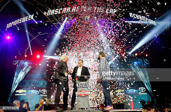 Confetti falls as a sendoff for Tony Stewart during NASCAR After The Lap at The Pearl concert theater at Palms Casino Resort on December 1 2016 in...