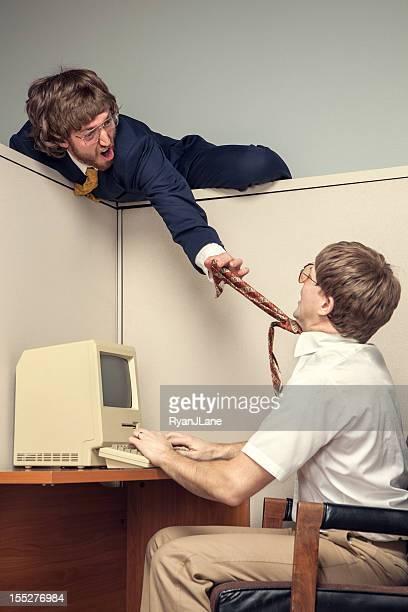 Conflicto de ochenta estilo oficina independiente