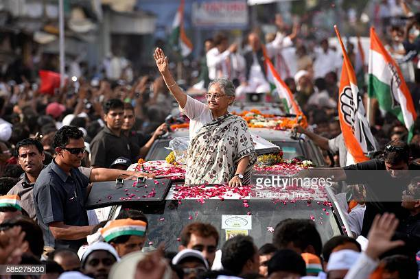 Congress CM candidate Sheila Dikshit during a roadshow by party President Sonia Gandhi on August 2 2016 in Varanasi India Sixkm rally beginning at a...